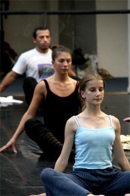 Colors of dance for Exercices barre danse classique